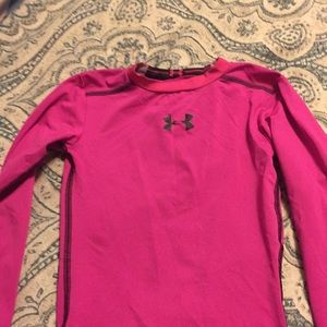 Girls under armour shirt